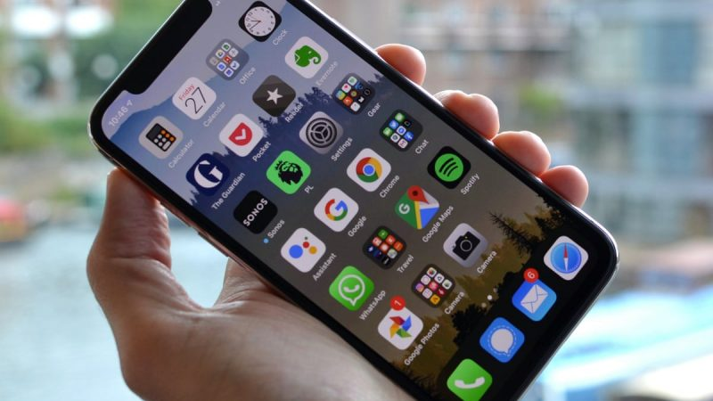 8 Common iPhone Problems and Their Fixes